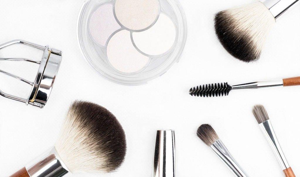 Welcher Make-Up-Pinsel für welche Aufgabe?